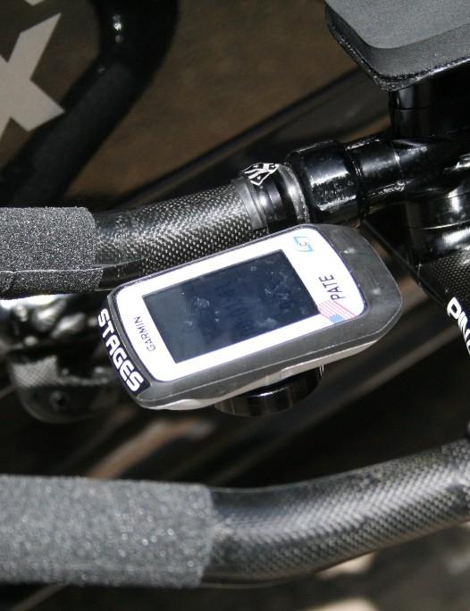 Garmin mounted neatly with a K-Edge CNC aluminium mount