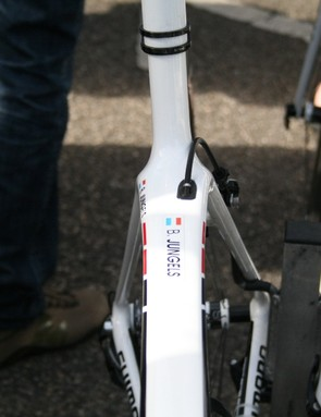 This views indicates just how wide that top tube is