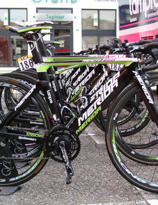 Lampre-Merida has most of its riders on the Reacto Evo in the belief aero gains are more effective than weight-saving ones