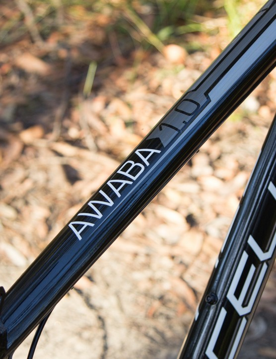 The triple butted frame is designed to be lightweight and strong