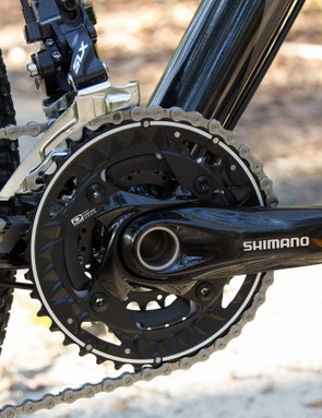 The Cell Awaba 1.0 features a mix of Shimano SLX and Deore-level components. These are all ready for serious off-road riding, but do lack the refinement and precision of the upper-end options