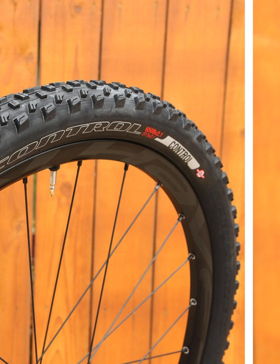 The Ground Control is Specialized's most versatile 650b/27.5in trail tyre