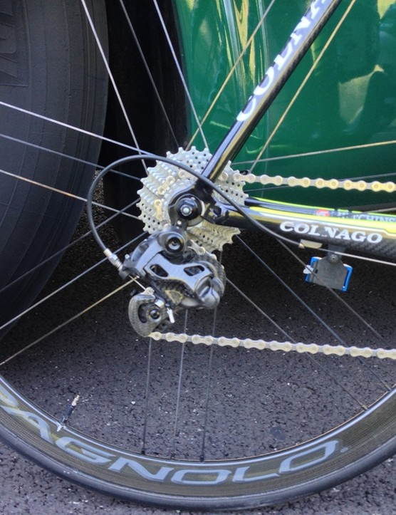 The new Campagnolo rear derailleur on Sicard's bike
