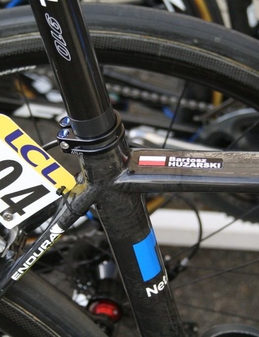 One race number, one small bit of stainless steel, and one cable tie – job done. No nonsense at NetApp Endura