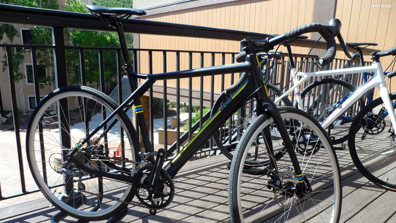 Next in line is the Tiagra model at £899 / US$1,099