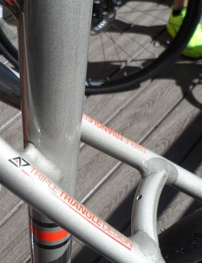 The Alloy X Triple triangle features a bridge guard mount