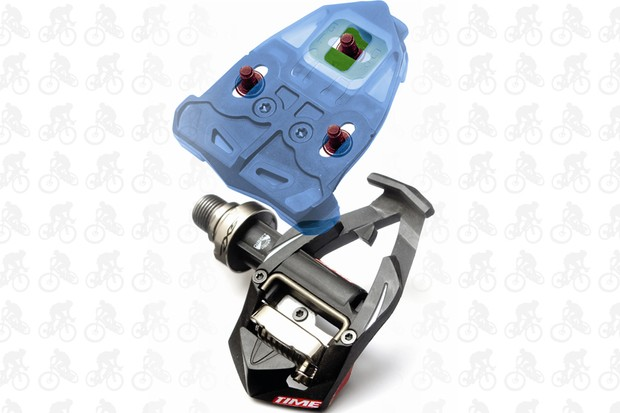 Most road pedals use cleats with a three-bolt pattern