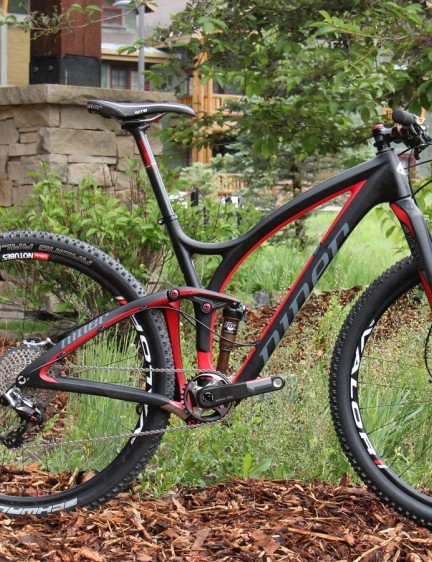 Niner is producing a limited run of the JET 9 RDO with top shelf parts from SRAM, RockShox and NoTubes