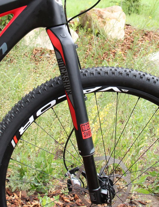 The painted to match RockShox RS-1 fork is a nice touch