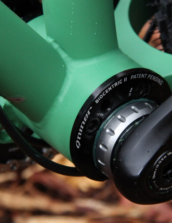 Niner's BioCentric II bottom bracket allows the ROS 9 Plus to be set up as a singlespeed