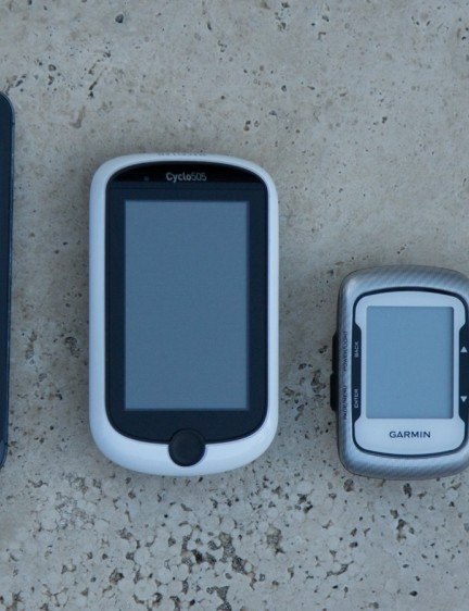 From left to right: Apple iPhone5, Magellan Cyclo505, Garmin Edge 500 and Magellan Cyclo105
