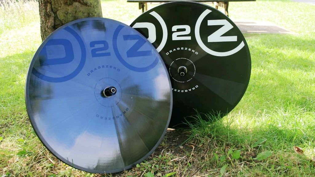 The stealth black and black white versions of the new Drag2Zero disc