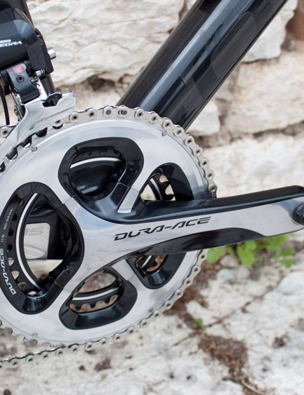 Our disc test model had the gorgeous Dura-Ace 9000 chainset