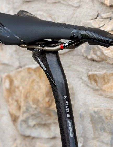 Again, the K-Force post matches the FSA K-Force cockpit and it's topped with a Prologo saddle