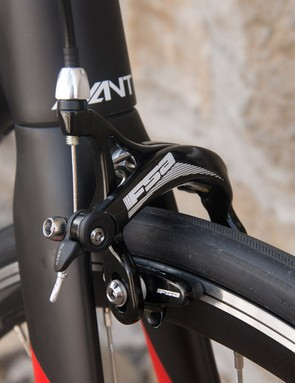 FSA Gossamer Pro brakes take care of stopping. Orbea's website allows buyers to spec certain aspects of their bikes, so when this appears for sale, it may be possible to get Ultegra brakes as well