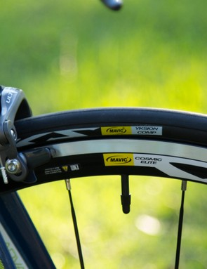 Semi-aero Mavic Cosmic Elite wheels and matched rubber perform well, but don't do much for ride quality