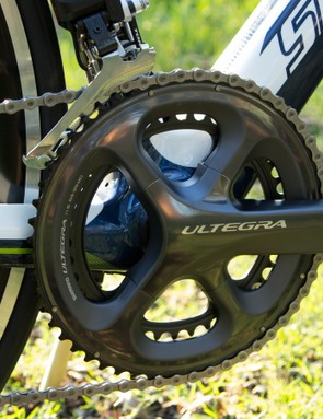 With standard 53/39T gearing on the front, the Scalera's race attitude is backed by its gearing choice