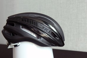 The profile of the Giro Synthe is remarkably trim but then again, such tight lines are necessary for good aerodynamic performance so it's not a big surprise