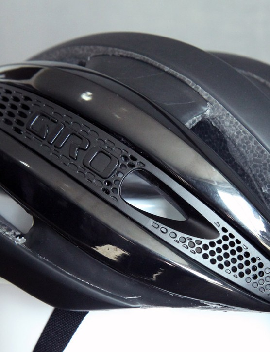 According to Giro, the so-called 'Aero Mesh' side panels not only improve ventilation and aerodynamic performance but they also provide a convenient place to stash sunglasses