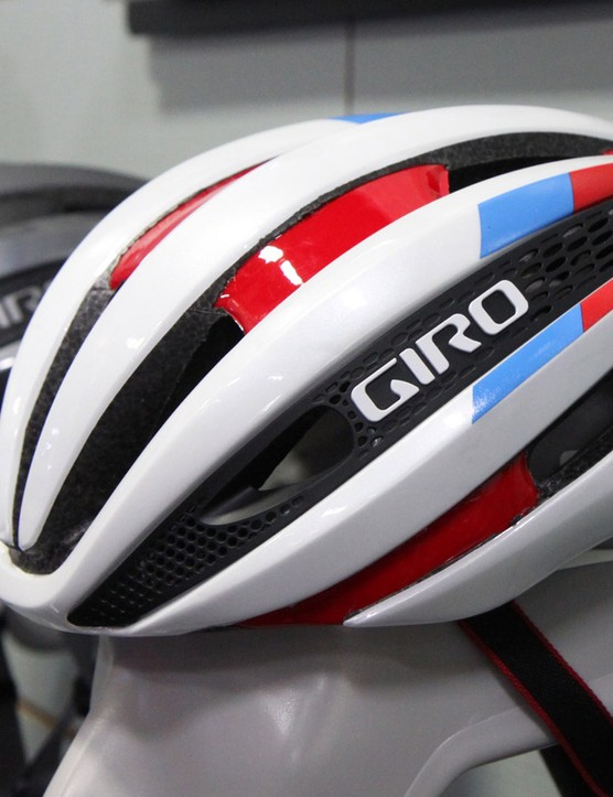 The new Giro Synthe spurns the argument that an aero helmet can't also look good