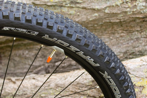 Schwalbe Rock Razor 26x2.35in tire