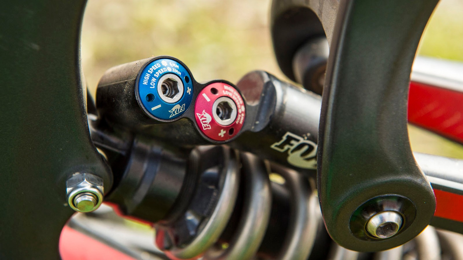 The RAD offers more adjustment than any other Fox shock. It features both high- and low-speed compression and high- and low-speed rebound adjustment. All adjustments need either a 6mm or 3mm Allen key