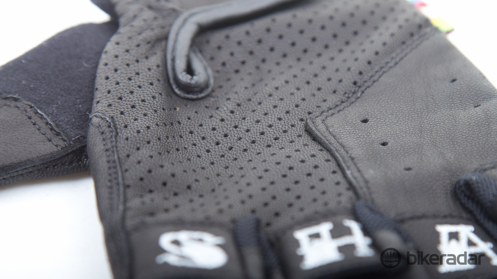 Perforations on the top of the glove provide plenty of ventilation