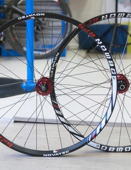 Novatec 27.5 Demon wheels