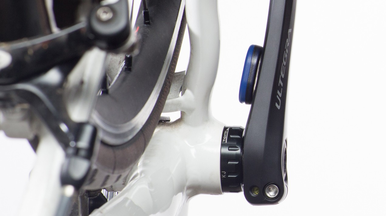 Wahoo RPM Cadence Sensor attaches with two-sided 3M tape and does not require a magnet on the frame