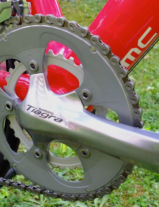 The SLR03 with Tiagra comes with 105 shifters