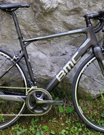 For 2015, the Granfondo GF02 goes from alloy to carbon