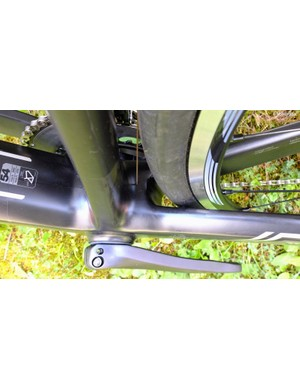 Although the wheelbase on the Granfondo bikes are longer than that of the Teammachine, the stout bottom-bracket junction makes for efficient power transfer