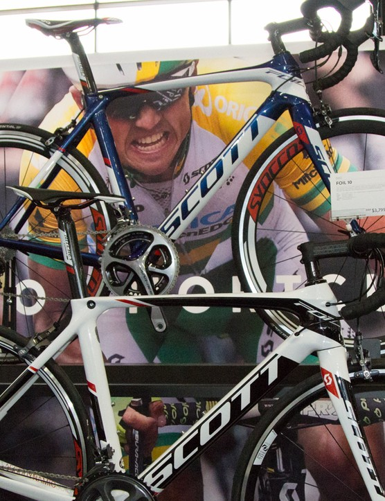 The race-proven Scott Foil continues, with just cosmetic and spec changes