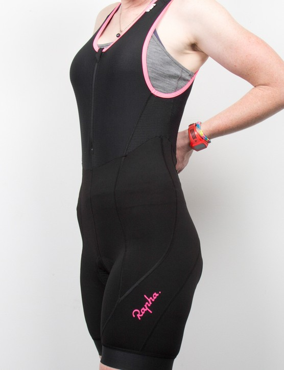 The bib zips right over the torso, which keeps the garment in place and avoids hotspots or irritation