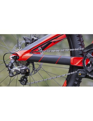 A new carbon chainstay guards cover all the key areas that are prone to chainslap