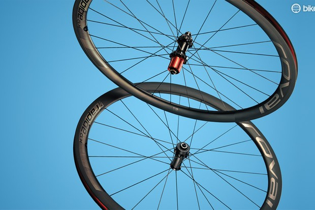 Roval CLX 40 Disc: squaring up to Zipp's 303s