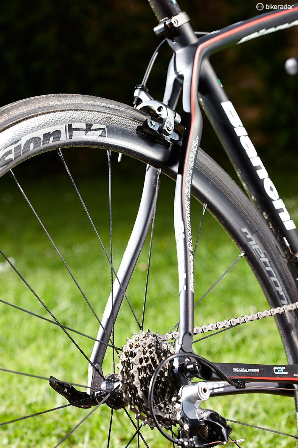 The CV's cleverly woven carbon keeps road buzz at bay