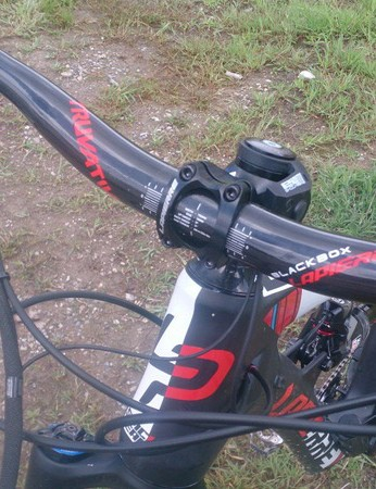 Carbon Truvative Blackbox bars made for Lapierre are well shaped