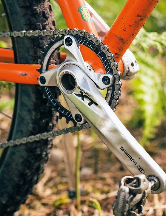 Mixed component single-ring drivetrain shows Cotic has its finger on the trail riding pulse