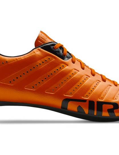 The new Giro Empire SLX weighs a claimed 175g for a size 42.5