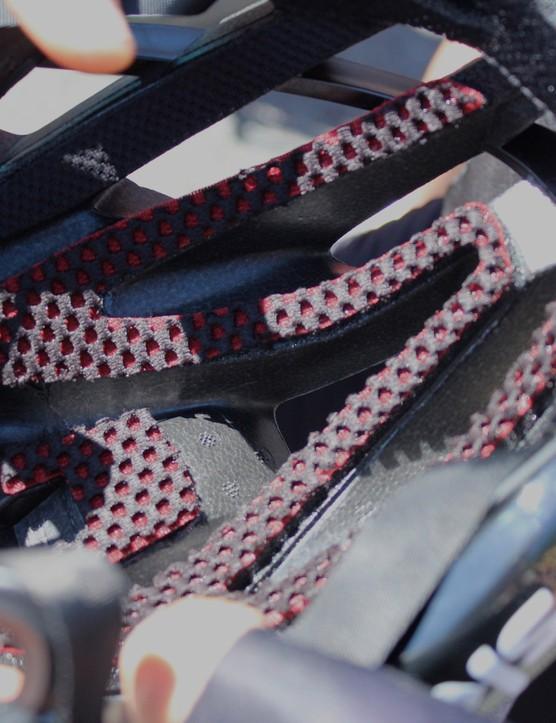 Coolmax DRY fabric handles the padding
