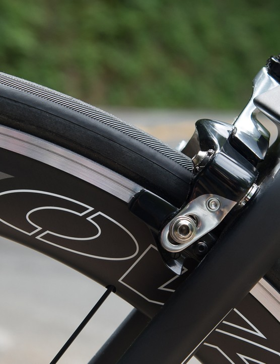 Another look at the direct-mount rear brake design. Fuji worked with Shimano to adapt a front brake for this application