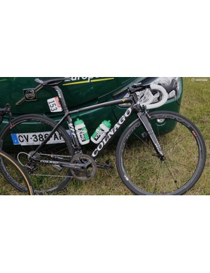 Europcar has a mix of Campagnolo groups on its bikes. This is the new Super Record
