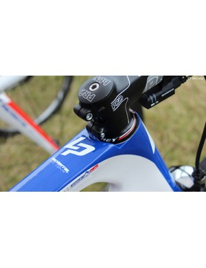 Lapierre's Aircode has a slightly recessed headset cap