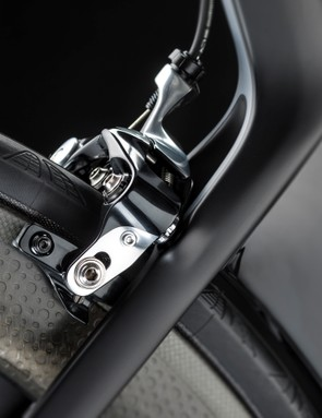 The direct-mount rear brake is actually a front brake calliper in reverse. The wheel hugging seat tube fin is new for the second generation frame too
