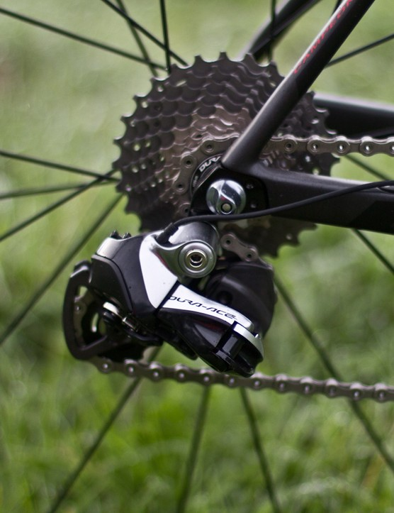 Dura-Ace Di2 rear mech shifts quickly and accurately