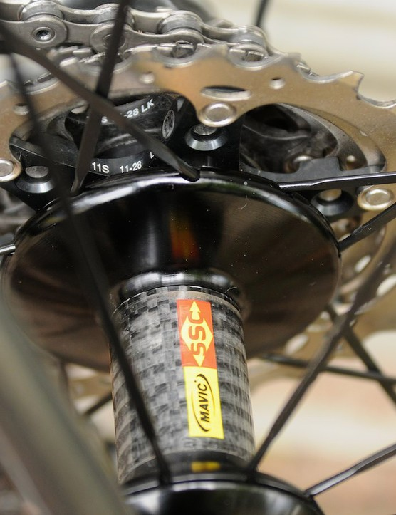 A larger carbon hub body for the rear hub, and an 11-28t cassette