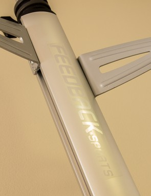 It's a subtle, yet modern aesthetic. This label is the only branding on the Velo Column