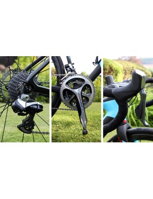 The drivetrain on the flagship Giant Defy Advanced SL 0 model includes a Shimano Dura-Ace Di2 9070 electronic transmission paired with hydraulic Shimano R785 Dual Control levers. The wide-range gearing includes 50/34-tooth chainrings and a broad 11-28T cassette