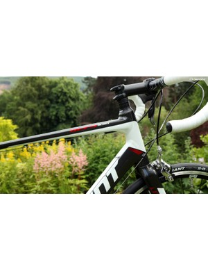 Aluminium frames come with external cable routing